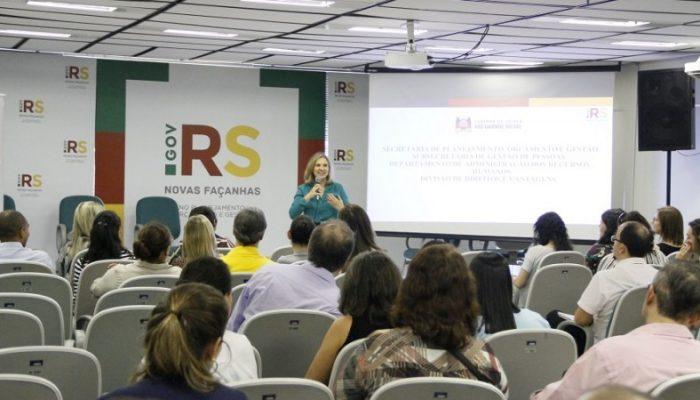 Após restruturação, Escola de Governo é apresentada aos integrantes do Fórum de RHs